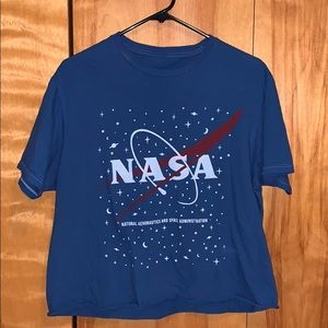 Cropped UO NASA Tshirt